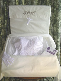 Images of a wedding gown kit